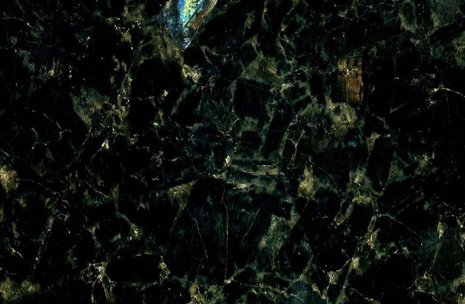 Гранитные слябы Irina Blue Лабродарит Осныковское месторождение