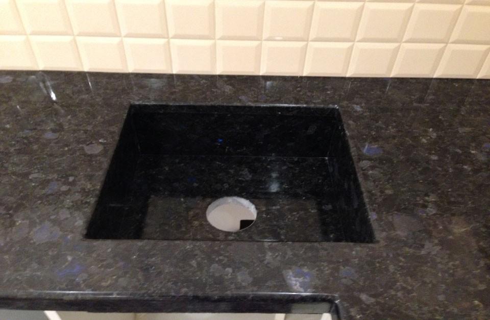 umyvalnik-iz-granita-3